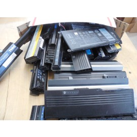 Lot of 60 Miscellaneous Laptop Batteries For Parts