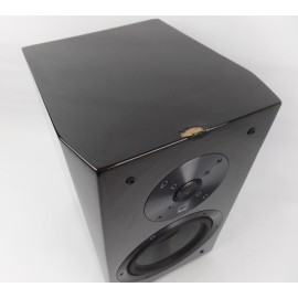 SVS Ultra Bookshelf Speaker Black (1 speaker) - heavy wear !